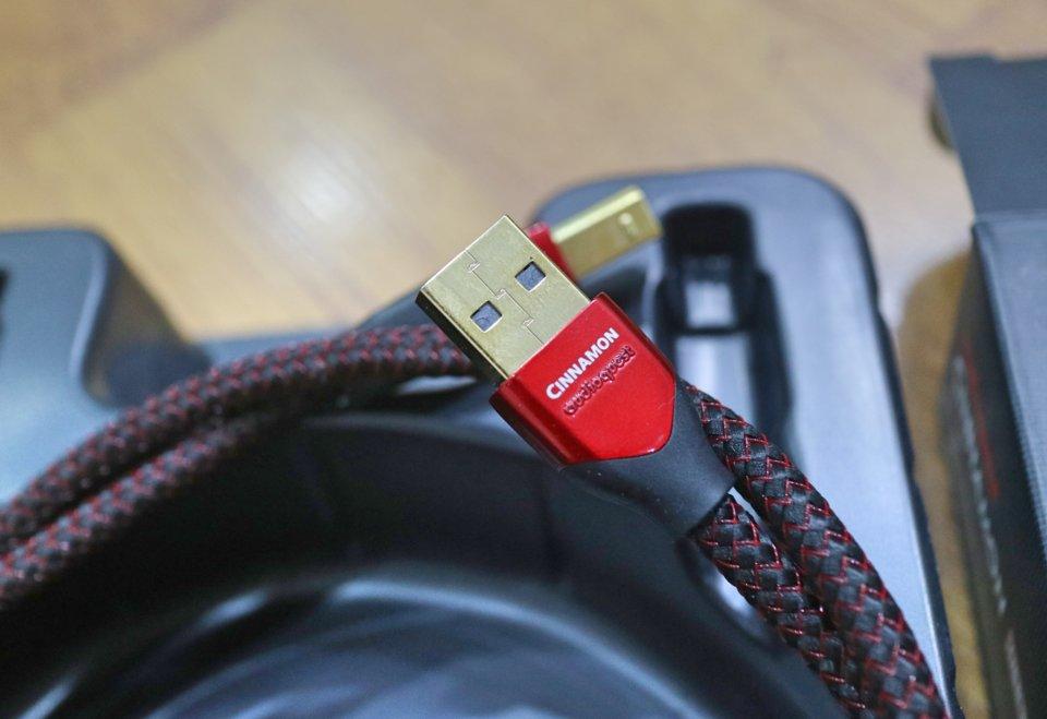 USB AQC 2.jpg
